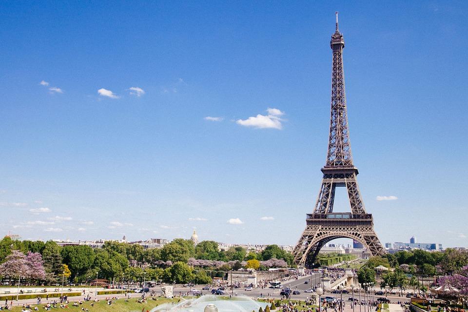 párizs eiffel-torony